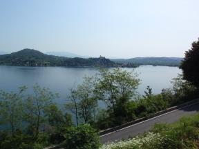 Il basso Lago con Angera