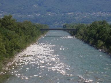 Il Ticino entra nel lago Maggiore a Locarno